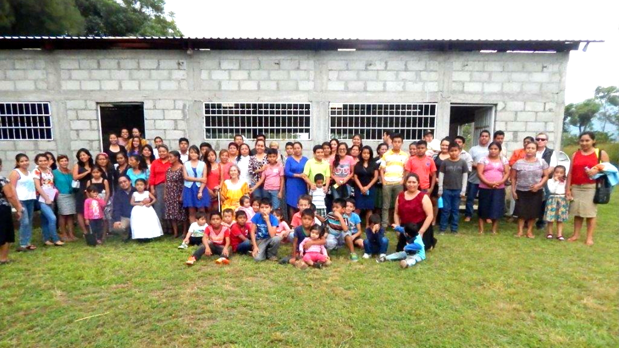 Congregation-in-Comalapa-Chiapas-2015crop